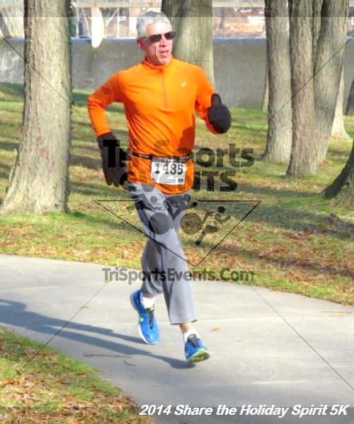 Share the Holiday Spirit 5K Run/Walk<br><br><br><br><a href='http://www.trisportsevents.com/pics/14_Holiday_Spirit_5K_153.JPG' download='14_Holiday_Spirit_5K_153.JPG'>Click here to download.</a><Br><a href='http://www.facebook.com/sharer.php?u=http:%2F%2Fwww.trisportsevents.com%2Fpics%2F14_Holiday_Spirit_5K_153.JPG&t=Share the Holiday Spirit 5K Run/Walk' target='_blank'><img src='images/fb_share.png' width='100'></a>