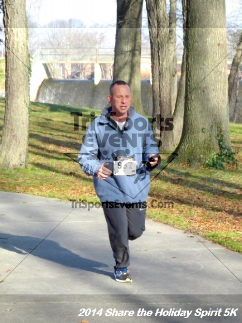 Share the Holiday Spirit 5K Run/Walk<br><br><br><br><a href='http://www.trisportsevents.com/pics/14_Holiday_Spirit_5K_166.JPG' download='14_Holiday_Spirit_5K_166.JPG'>Click here to download.</a><Br><a href='http://www.facebook.com/sharer.php?u=http:%2F%2Fwww.trisportsevents.com%2Fpics%2F14_Holiday_Spirit_5K_166.JPG&t=Share the Holiday Spirit 5K Run/Walk' target='_blank'><img src='images/fb_share.png' width='100'></a>