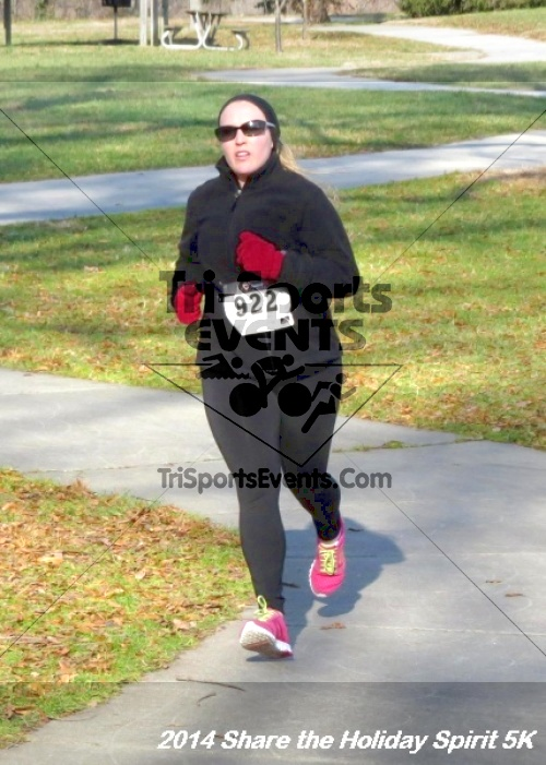 Share the Holiday Spirit 5K Run/Walk<br><br><br><br><a href='http://www.trisportsevents.com/pics/14_Holiday_Spirit_5K_170.JPG' download='14_Holiday_Spirit_5K_170.JPG'>Click here to download.</a><Br><a href='http://www.facebook.com/sharer.php?u=http:%2F%2Fwww.trisportsevents.com%2Fpics%2F14_Holiday_Spirit_5K_170.JPG&t=Share the Holiday Spirit 5K Run/Walk' target='_blank'><img src='images/fb_share.png' width='100'></a>