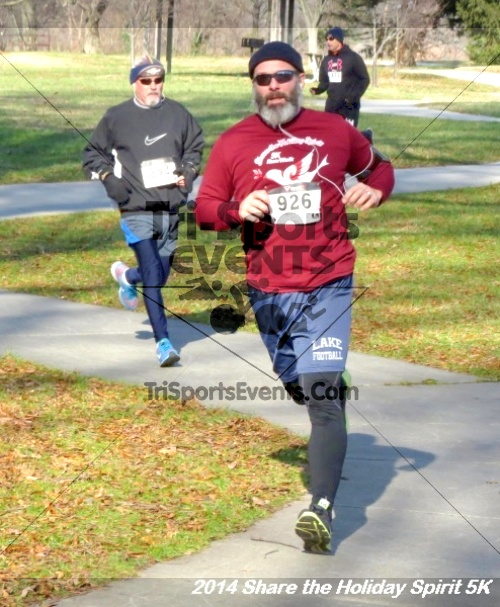 Share the Holiday Spirit 5K Run/Walk<br><br><br><br><a href='http://www.trisportsevents.com/pics/14_Holiday_Spirit_5K_175.JPG' download='14_Holiday_Spirit_5K_175.JPG'>Click here to download.</a><Br><a href='http://www.facebook.com/sharer.php?u=http:%2F%2Fwww.trisportsevents.com%2Fpics%2F14_Holiday_Spirit_5K_175.JPG&t=Share the Holiday Spirit 5K Run/Walk' target='_blank'><img src='images/fb_share.png' width='100'></a>
