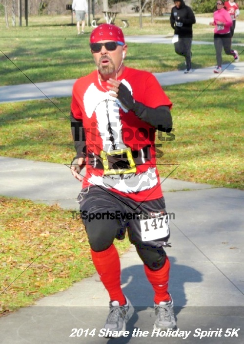 Share the Holiday Spirit 5K Run/Walk<br><br><br><br><a href='http://www.trisportsevents.com/pics/14_Holiday_Spirit_5K_179.JPG' download='14_Holiday_Spirit_5K_179.JPG'>Click here to download.</a><Br><a href='http://www.facebook.com/sharer.php?u=http:%2F%2Fwww.trisportsevents.com%2Fpics%2F14_Holiday_Spirit_5K_179.JPG&t=Share the Holiday Spirit 5K Run/Walk' target='_blank'><img src='images/fb_share.png' width='100'></a>