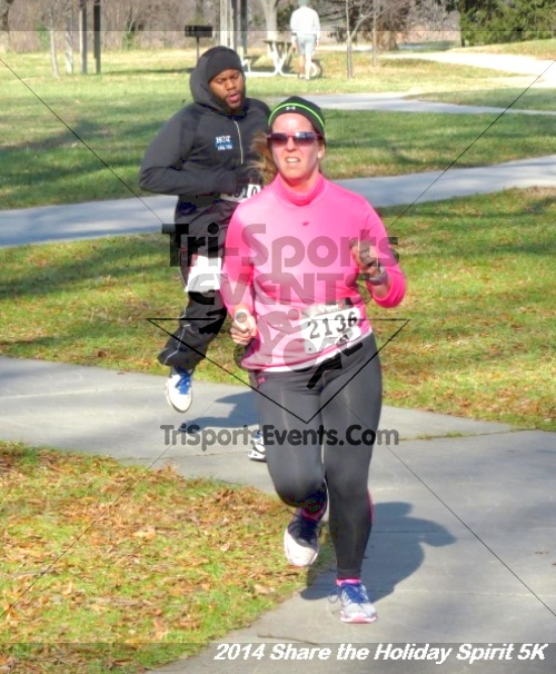 Share the Holiday Spirit 5K Run/Walk<br><br><br><br><a href='http://www.trisportsevents.com/pics/14_Holiday_Spirit_5K_180.JPG' download='14_Holiday_Spirit_5K_180.JPG'>Click here to download.</a><Br><a href='http://www.facebook.com/sharer.php?u=http:%2F%2Fwww.trisportsevents.com%2Fpics%2F14_Holiday_Spirit_5K_180.JPG&t=Share the Holiday Spirit 5K Run/Walk' target='_blank'><img src='images/fb_share.png' width='100'></a>