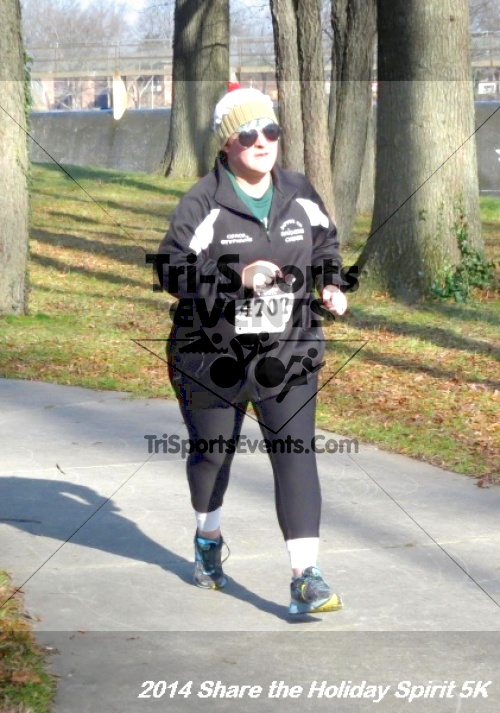 Share the Holiday Spirit 5K Run/Walk<br><br><br><br><a href='http://www.trisportsevents.com/pics/14_Holiday_Spirit_5K_199.JPG' download='14_Holiday_Spirit_5K_199.JPG'>Click here to download.</a><Br><a href='http://www.facebook.com/sharer.php?u=http:%2F%2Fwww.trisportsevents.com%2Fpics%2F14_Holiday_Spirit_5K_199.JPG&t=Share the Holiday Spirit 5K Run/Walk' target='_blank'><img src='images/fb_share.png' width='100'></a>