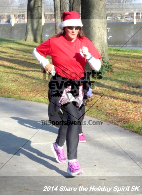 Share the Holiday Spirit 5K Run/Walk<br><br><br><br><a href='http://www.trisportsevents.com/pics/14_Holiday_Spirit_5K_200.JPG' download='14_Holiday_Spirit_5K_200.JPG'>Click here to download.</a><Br><a href='http://www.facebook.com/sharer.php?u=http:%2F%2Fwww.trisportsevents.com%2Fpics%2F14_Holiday_Spirit_5K_200.JPG&t=Share the Holiday Spirit 5K Run/Walk' target='_blank'><img src='images/fb_share.png' width='100'></a>