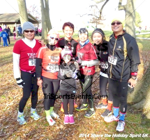 Share the Holiday Spirit 5K Run/Walk<br><br><br><br><a href='http://www.trisportsevents.com/pics/14_Holiday_Spirit_5K_207.JPG' download='14_Holiday_Spirit_5K_207.JPG'>Click here to download.</a><Br><a href='http://www.facebook.com/sharer.php?u=http:%2F%2Fwww.trisportsevents.com%2Fpics%2F14_Holiday_Spirit_5K_207.JPG&t=Share the Holiday Spirit 5K Run/Walk' target='_blank'><img src='images/fb_share.png' width='100'></a>