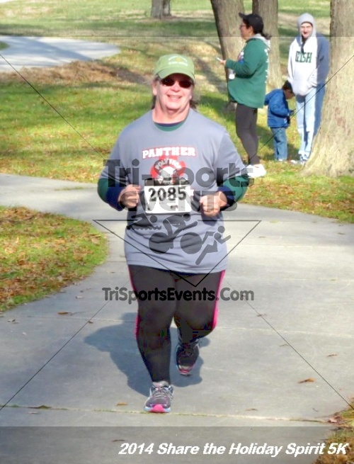 Share the Holiday Spirit 5K Run/Walk<br><br><br><br><a href='http://www.trisportsevents.com/pics/14_Holiday_Spirit_5K_212.JPG' download='14_Holiday_Spirit_5K_212.JPG'>Click here to download.</a><Br><a href='http://www.facebook.com/sharer.php?u=http:%2F%2Fwww.trisportsevents.com%2Fpics%2F14_Holiday_Spirit_5K_212.JPG&t=Share the Holiday Spirit 5K Run/Walk' target='_blank'><img src='images/fb_share.png' width='100'></a>