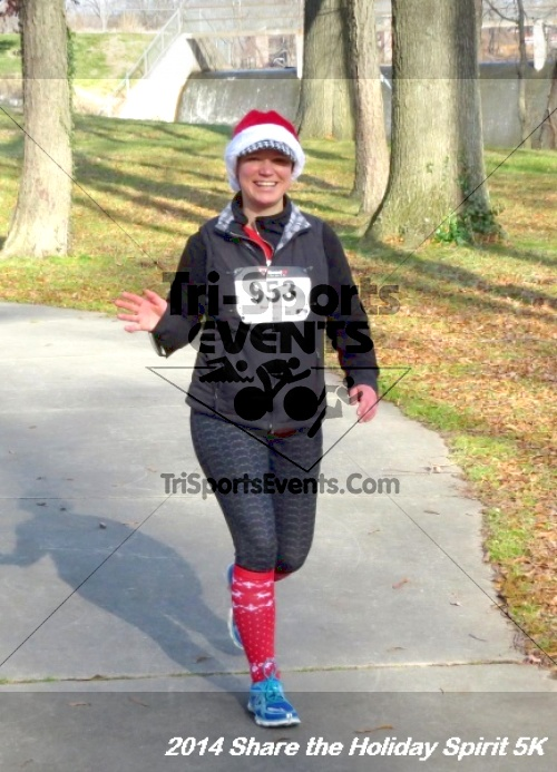 Share the Holiday Spirit 5K Run/Walk<br><br><br><br><a href='http://www.trisportsevents.com/pics/14_Holiday_Spirit_5K_218.JPG' download='14_Holiday_Spirit_5K_218.JPG'>Click here to download.</a><Br><a href='http://www.facebook.com/sharer.php?u=http:%2F%2Fwww.trisportsevents.com%2Fpics%2F14_Holiday_Spirit_5K_218.JPG&t=Share the Holiday Spirit 5K Run/Walk' target='_blank'><img src='images/fb_share.png' width='100'></a>