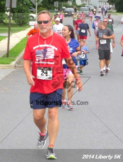 Liberty 5K Run/Walk<br><br><br><br><a href='https://www.trisportsevents.com/pics/14_Liberty_5K_082.JPG' download='14_Liberty_5K_082.JPG'>Click here to download.</a><Br><a href='http://www.facebook.com/sharer.php?u=http:%2F%2Fwww.trisportsevents.com%2Fpics%2F14_Liberty_5K_082.JPG&t=Liberty 5K Run/Walk' target='_blank'><img src='images/fb_share.png' width='100'></a>