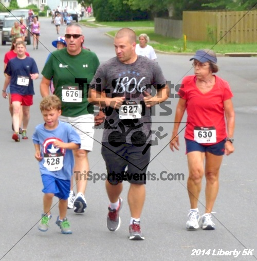 Liberty 5K Run/Walk<br><br><br><br><a href='https://www.trisportsevents.com/pics/14_Liberty_5K_084.JPG' download='14_Liberty_5K_084.JPG'>Click here to download.</a><Br><a href='http://www.facebook.com/sharer.php?u=http:%2F%2Fwww.trisportsevents.com%2Fpics%2F14_Liberty_5K_084.JPG&t=Liberty 5K Run/Walk' target='_blank'><img src='images/fb_share.png' width='100'></a>