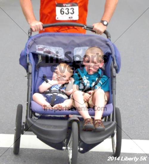 Liberty 5K Run/Walk<br><br><br><br><a href='https://www.trisportsevents.com/pics/14_Liberty_5K_089.JPG' download='14_Liberty_5K_089.JPG'>Click here to download.</a><Br><a href='http://www.facebook.com/sharer.php?u=http:%2F%2Fwww.trisportsevents.com%2Fpics%2F14_Liberty_5K_089.JPG&t=Liberty 5K Run/Walk' target='_blank'><img src='images/fb_share.png' width='100'></a>
