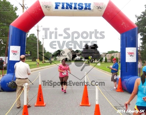 Liberty 5K Run/Walk<br><br><br><br><a href='https://www.trisportsevents.com/pics/14_Liberty_5K_172.JPG' download='14_Liberty_5K_172.JPG'>Click here to download.</a><Br><a href='http://www.facebook.com/sharer.php?u=http:%2F%2Fwww.trisportsevents.com%2Fpics%2F14_Liberty_5K_172.JPG&t=Liberty 5K Run/Walk' target='_blank'><img src='images/fb_share.png' width='100'></a>