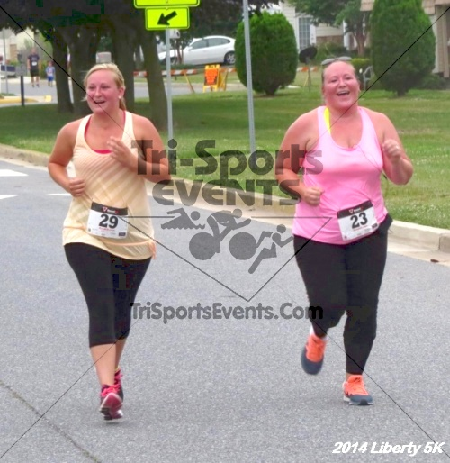 Liberty 5K Run/Walk<br><br><br><br><a href='https://www.trisportsevents.com/pics/14_Liberty_5K_197.JPG' download='14_Liberty_5K_197.JPG'>Click here to download.</a><Br><a href='http://www.facebook.com/sharer.php?u=http:%2F%2Fwww.trisportsevents.com%2Fpics%2F14_Liberty_5K_197.JPG&t=Liberty 5K Run/Walk' target='_blank'><img src='images/fb_share.png' width='100'></a>