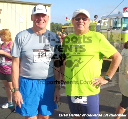 Center of the Universe 5K Run/Walk<br><br><br><br><a href='http://www.trisportsevents.com/pics/14_Magnolia_5K_028.JPG' download='14_Magnolia_5K_028.JPG'>Click here to download.</a><Br><a href='http://www.facebook.com/sharer.php?u=http:%2F%2Fwww.trisportsevents.com%2Fpics%2F14_Magnolia_5K_028.JPG&t=Center of the Universe 5K Run/Walk' target='_blank'><img src='images/fb_share.png' width='100'></a>
