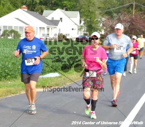 Center of the Universe 5K Run/Walk<br><br><br><br><a href='https://www.trisportsevents.com/pics/14_Magnolia_5K_063.JPG' download='14_Magnolia_5K_063.JPG'>Click here to download.</a><Br><a href='http://www.facebook.com/sharer.php?u=http:%2F%2Fwww.trisportsevents.com%2Fpics%2F14_Magnolia_5K_063.JPG&t=Center of the Universe 5K Run/Walk' target='_blank'><img src='images/fb_share.png' width='100'></a>