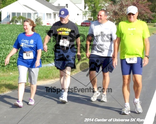 Center of the Universe 5K Run/Walk<br><br><br><br><a href='https://www.trisportsevents.com/pics/14_Magnolia_5K_084.JPG' download='14_Magnolia_5K_084.JPG'>Click here to download.</a><Br><a href='http://www.facebook.com/sharer.php?u=http:%2F%2Fwww.trisportsevents.com%2Fpics%2F14_Magnolia_5K_084.JPG&t=Center of the Universe 5K Run/Walk' target='_blank'><img src='images/fb_share.png' width='100'></a>