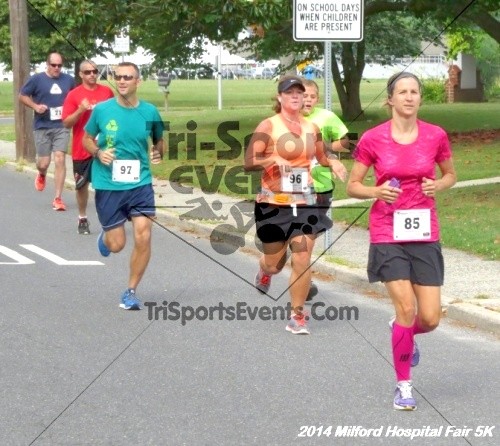 2014 Milford Hospital Fair 5K<br><br><br><br><a href='https://www.trisportsevents.com/pics/14_Milford_Hospital_Fair_5K_025.JPG' download='14_Milford_Hospital_Fair_5K_025.JPG'>Click here to download.</a><Br><a href='http://www.facebook.com/sharer.php?u=http:%2F%2Fwww.trisportsevents.com%2Fpics%2F14_Milford_Hospital_Fair_5K_025.JPG&t=2014 Milford Hospital Fair 5K' target='_blank'><img src='images/fb_share.png' width='100'></a>