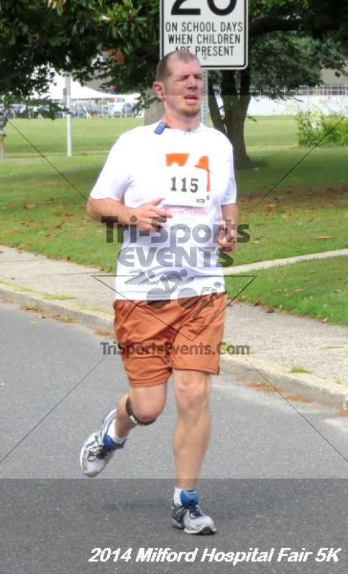 2014 Milford Hospital Fair 5K<br><br><br><br><a href='https://www.trisportsevents.com/pics/14_Milford_Hospital_Fair_5K_029.JPG' download='14_Milford_Hospital_Fair_5K_029.JPG'>Click here to download.</a><Br><a href='http://www.facebook.com/sharer.php?u=http:%2F%2Fwww.trisportsevents.com%2Fpics%2F14_Milford_Hospital_Fair_5K_029.JPG&t=2014 Milford Hospital Fair 5K' target='_blank'><img src='images/fb_share.png' width='100'></a>