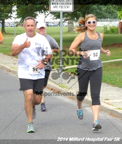 2014 Milford Hospital Fair 5K<br><br><br><br><a href='https://www.trisportsevents.com/pics/14_Milford_Hospital_Fair_5K_038.JPG' download='14_Milford_Hospital_Fair_5K_038.JPG'>Click here to download.</a><Br><a href='http://www.facebook.com/sharer.php?u=http:%2F%2Fwww.trisportsevents.com%2Fpics%2F14_Milford_Hospital_Fair_5K_038.JPG&t=2014 Milford Hospital Fair 5K' target='_blank'><img src='images/fb_share.png' width='100'></a>