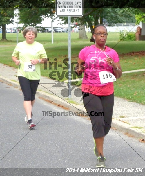 2014 Milford Hospital Fair 5K<br><br><br><br><a href='https://www.trisportsevents.com/pics/14_Milford_Hospital_Fair_5K_042.JPG' download='14_Milford_Hospital_Fair_5K_042.JPG'>Click here to download.</a><Br><a href='http://www.facebook.com/sharer.php?u=http:%2F%2Fwww.trisportsevents.com%2Fpics%2F14_Milford_Hospital_Fair_5K_042.JPG&t=2014 Milford Hospital Fair 5K' target='_blank'><img src='images/fb_share.png' width='100'></a>