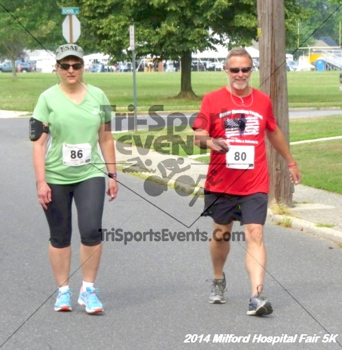 2014 Milford Hospital Fair 5K<br><br><br><br><a href='https://www.trisportsevents.com/pics/14_Milford_Hospital_Fair_5K_049.JPG' download='14_Milford_Hospital_Fair_5K_049.JPG'>Click here to download.</a><Br><a href='http://www.facebook.com/sharer.php?u=http:%2F%2Fwww.trisportsevents.com%2Fpics%2F14_Milford_Hospital_Fair_5K_049.JPG&t=2014 Milford Hospital Fair 5K' target='_blank'><img src='images/fb_share.png' width='100'></a>