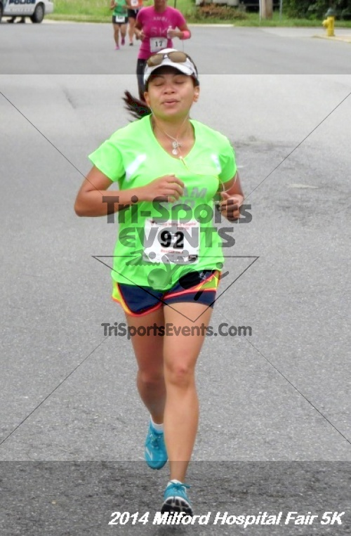 2014 Milford Hospital Fair 5K<br><br><br><br><a href='https://www.trisportsevents.com/pics/14_Milford_Hospital_Fair_5K_080.JPG' download='14_Milford_Hospital_Fair_5K_080.JPG'>Click here to download.</a><Br><a href='http://www.facebook.com/sharer.php?u=http:%2F%2Fwww.trisportsevents.com%2Fpics%2F14_Milford_Hospital_Fair_5K_080.JPG&t=2014 Milford Hospital Fair 5K' target='_blank'><img src='images/fb_share.png' width='100'></a>