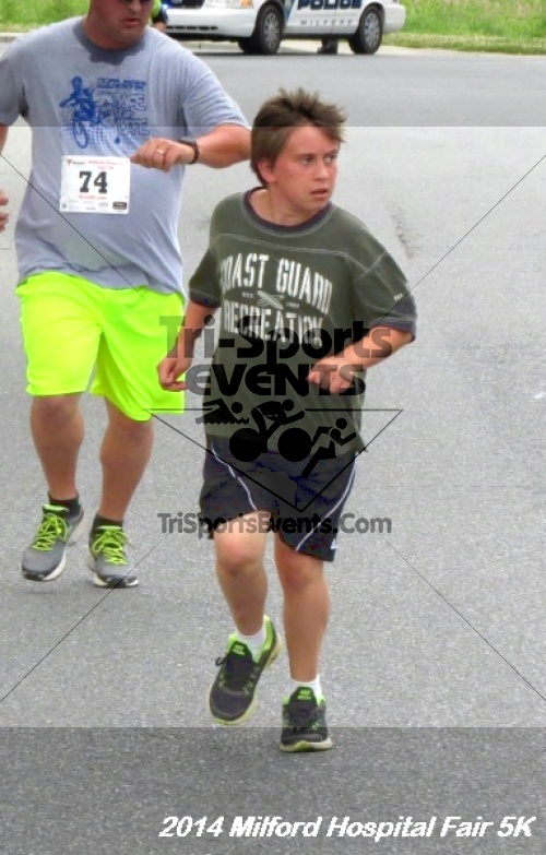 2014 Milford Hospital Fair 5K<br><br><br><br><a href='https://www.trisportsevents.com/pics/14_Milford_Hospital_Fair_5K_116.JPG' download='14_Milford_Hospital_Fair_5K_116.JPG'>Click here to download.</a><Br><a href='http://www.facebook.com/sharer.php?u=http:%2F%2Fwww.trisportsevents.com%2Fpics%2F14_Milford_Hospital_Fair_5K_116.JPG&t=2014 Milford Hospital Fair 5K' target='_blank'><img src='images/fb_share.png' width='100'></a>