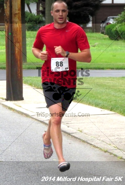 2014 Milford Hospital Fair 5K<br><br><br><br><a href='https://www.trisportsevents.com/pics/14_Milford_Hospital_Fair_5K_119.JPG' download='14_Milford_Hospital_Fair_5K_119.JPG'>Click here to download.</a><Br><a href='http://www.facebook.com/sharer.php?u=http:%2F%2Fwww.trisportsevents.com%2Fpics%2F14_Milford_Hospital_Fair_5K_119.JPG&t=2014 Milford Hospital Fair 5K' target='_blank'><img src='images/fb_share.png' width='100'></a>