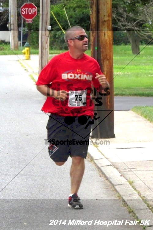 2014 Milford Hospital Fair 5K<br><br><br><br><a href='https://www.trisportsevents.com/pics/14_Milford_Hospital_Fair_5K_134.JPG' download='14_Milford_Hospital_Fair_5K_134.JPG'>Click here to download.</a><Br><a href='http://www.facebook.com/sharer.php?u=http:%2F%2Fwww.trisportsevents.com%2Fpics%2F14_Milford_Hospital_Fair_5K_134.JPG&t=2014 Milford Hospital Fair 5K' target='_blank'><img src='images/fb_share.png' width='100'></a>