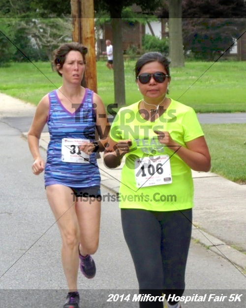 2014 Milford Hospital Fair 5K<br><br><br><br><a href='https://www.trisportsevents.com/pics/14_Milford_Hospital_Fair_5K_151.JPG' download='14_Milford_Hospital_Fair_5K_151.JPG'>Click here to download.</a><Br><a href='http://www.facebook.com/sharer.php?u=http:%2F%2Fwww.trisportsevents.com%2Fpics%2F14_Milford_Hospital_Fair_5K_151.JPG&t=2014 Milford Hospital Fair 5K' target='_blank'><img src='images/fb_share.png' width='100'></a>