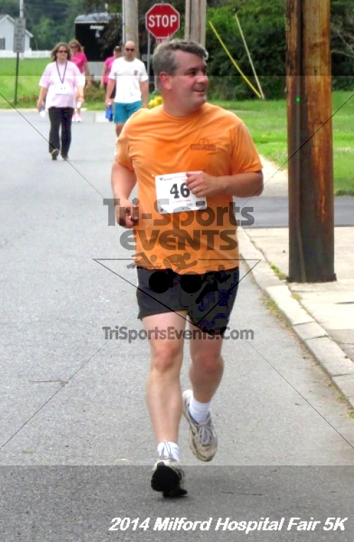 2014 Milford Hospital Fair 5K<br><br><br><br><a href='https://www.trisportsevents.com/pics/14_Milford_Hospital_Fair_5K_158.JPG' download='14_Milford_Hospital_Fair_5K_158.JPG'>Click here to download.</a><Br><a href='http://www.facebook.com/sharer.php?u=http:%2F%2Fwww.trisportsevents.com%2Fpics%2F14_Milford_Hospital_Fair_5K_158.JPG&t=2014 Milford Hospital Fair 5K' target='_blank'><img src='images/fb_share.png' width='100'></a>
