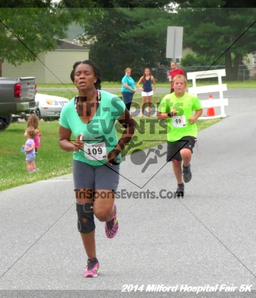 2014 Milford Hospital Fair 5K<br><br><br><br><a href='https://www.trisportsevents.com/pics/14_Milford_Hospital_Fair_5K_167.JPG' download='14_Milford_Hospital_Fair_5K_167.JPG'>Click here to download.</a><Br><a href='http://www.facebook.com/sharer.php?u=http:%2F%2Fwww.trisportsevents.com%2Fpics%2F14_Milford_Hospital_Fair_5K_167.JPG&t=2014 Milford Hospital Fair 5K' target='_blank'><img src='images/fb_share.png' width='100'></a>