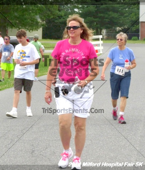 2014 Milford Hospital Fair 5K<br><br><br><br><a href='https://www.trisportsevents.com/pics/14_Milford_Hospital_Fair_5K_206.JPG' download='14_Milford_Hospital_Fair_5K_206.JPG'>Click here to download.</a><Br><a href='http://www.facebook.com/sharer.php?u=http:%2F%2Fwww.trisportsevents.com%2Fpics%2F14_Milford_Hospital_Fair_5K_206.JPG&t=2014 Milford Hospital Fair 5K' target='_blank'><img src='images/fb_share.png' width='100'></a>