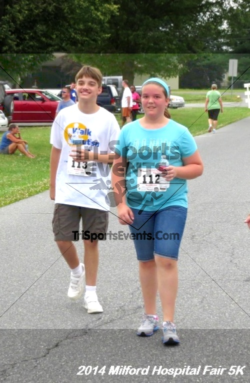 2014 Milford Hospital Fair 5K<br><br><br><br><a href='https://www.trisportsevents.com/pics/14_Milford_Hospital_Fair_5K_207.JPG' download='14_Milford_Hospital_Fair_5K_207.JPG'>Click here to download.</a><Br><a href='http://www.facebook.com/sharer.php?u=http:%2F%2Fwww.trisportsevents.com%2Fpics%2F14_Milford_Hospital_Fair_5K_207.JPG&t=2014 Milford Hospital Fair 5K' target='_blank'><img src='images/fb_share.png' width='100'></a>