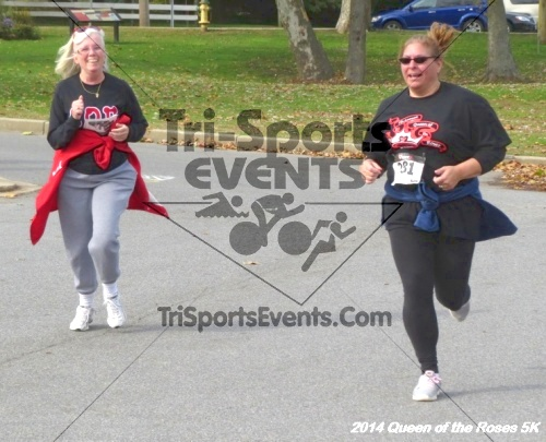 Queen of the Roses 5K Run/Walk<br><br><br><br><a href='http://www.trisportsevents.com/pics/14_Queen_of_Roses_5K_130.JPG' download='14_Queen_of_Roses_5K_130.JPG'>Click here to download.</a><Br><a href='http://www.facebook.com/sharer.php?u=http:%2F%2Fwww.trisportsevents.com%2Fpics%2F14_Queen_of_Roses_5K_130.JPG&t=Queen of the Roses 5K Run/Walk' target='_blank'><img src='images/fb_share.png' width='100'></a>