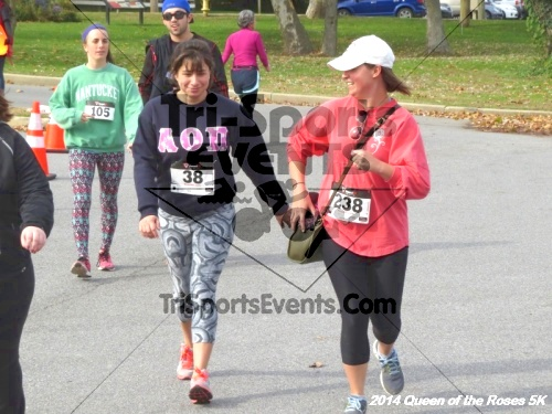 Queen of the Roses 5K Run/Walk<br><br><br><br><a href='http://www.trisportsevents.com/pics/14_Queen_of_Roses_5K_138.JPG' download='14_Queen_of_Roses_5K_138.JPG'>Click here to download.</a><Br><a href='http://www.facebook.com/sharer.php?u=http:%2F%2Fwww.trisportsevents.com%2Fpics%2F14_Queen_of_Roses_5K_138.JPG&t=Queen of the Roses 5K Run/Walk' target='_blank'><img src='images/fb_share.png' width='100'></a>