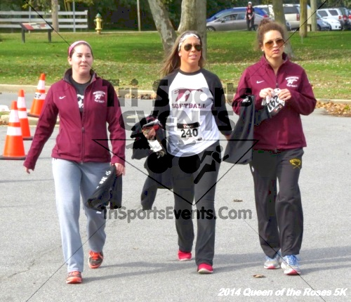 Queen of the Roses 5K Run/Walk<br><br><br><br><a href='http://www.trisportsevents.com/pics/14_Queen_of_Roses_5K_144.JPG' download='14_Queen_of_Roses_5K_144.JPG'>Click here to download.</a><Br><a href='http://www.facebook.com/sharer.php?u=http:%2F%2Fwww.trisportsevents.com%2Fpics%2F14_Queen_of_Roses_5K_144.JPG&t=Queen of the Roses 5K Run/Walk' target='_blank'><img src='images/fb_share.png' width='100'></a>