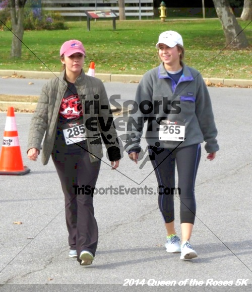 Queen of the Roses 5K Run/Walk<br><br><br><br><a href='http://www.trisportsevents.com/pics/14_Queen_of_Roses_5K_147.JPG' download='14_Queen_of_Roses_5K_147.JPG'>Click here to download.</a><Br><a href='http://www.facebook.com/sharer.php?u=http:%2F%2Fwww.trisportsevents.com%2Fpics%2F14_Queen_of_Roses_5K_147.JPG&t=Queen of the Roses 5K Run/Walk' target='_blank'><img src='images/fb_share.png' width='100'></a>