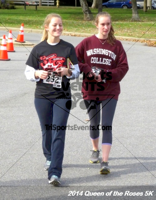 Queen of the Roses 5K Run/Walk<br><br><br><br><a href='http://www.trisportsevents.com/pics/14_Queen_of_Roses_5K_154.JPG' download='14_Queen_of_Roses_5K_154.JPG'>Click here to download.</a><Br><a href='http://www.facebook.com/sharer.php?u=http:%2F%2Fwww.trisportsevents.com%2Fpics%2F14_Queen_of_Roses_5K_154.JPG&t=Queen of the Roses 5K Run/Walk' target='_blank'><img src='images/fb_share.png' width='100'></a>