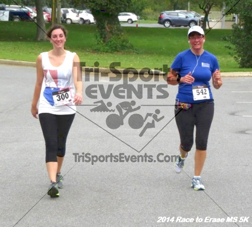 Race to Erase MS 5K Run/Walk<br><br><br><br><a href='http://www.trisportsevents.com/pics/14_Race_to_Erase_MS_5K_093.JPG' download='14_Race_to_Erase_MS_5K_093.JPG'>Click here to download.</a><Br><a href='http://www.facebook.com/sharer.php?u=http:%2F%2Fwww.trisportsevents.com%2Fpics%2F14_Race_to_Erase_MS_5K_093.JPG&t=Race to Erase MS 5K Run/Walk' target='_blank'><img src='images/fb_share.png' width='100'></a>