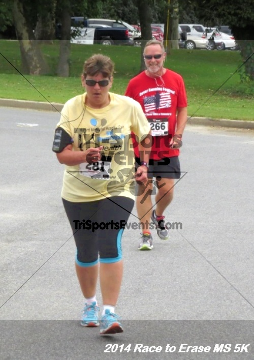 Race to Erase MS 5K Run/Walk<br><br><br><br><a href='http://www.trisportsevents.com/pics/14_Race_to_Erase_MS_5K_107.JPG' download='14_Race_to_Erase_MS_5K_107.JPG'>Click here to download.</a><Br><a href='http://www.facebook.com/sharer.php?u=http:%2F%2Fwww.trisportsevents.com%2Fpics%2F14_Race_to_Erase_MS_5K_107.JPG&t=Race to Erase MS 5K Run/Walk' target='_blank'><img src='images/fb_share.png' width='100'></a>