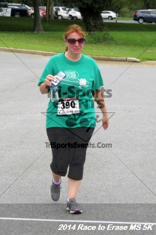 Race to Erase MS 5K Run/Walk<br><br><br><br><a href='http://www.trisportsevents.com/pics/14_Race_to_Erase_MS_5K_121.JPG' download='14_Race_to_Erase_MS_5K_121.JPG'>Click here to download.</a><Br><a href='http://www.facebook.com/sharer.php?u=http:%2F%2Fwww.trisportsevents.com%2Fpics%2F14_Race_to_Erase_MS_5K_121.JPG&t=Race to Erase MS 5K Run/Walk' target='_blank'><img src='images/fb_share.png' width='100'></a>