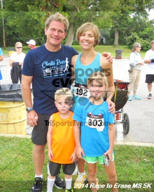 Race to Erase MS 5K Run/Walk<br><br><br><br><a href='http://www.trisportsevents.com/pics/14_Race_to_Erase_MS_5K_143.JPG' download='14_Race_to_Erase_MS_5K_143.JPG'>Click here to download.</a><Br><a href='http://www.facebook.com/sharer.php?u=http:%2F%2Fwww.trisportsevents.com%2Fpics%2F14_Race_to_Erase_MS_5K_143.JPG&t=Race to Erase MS 5K Run/Walk' target='_blank'><img src='images/fb_share.png' width='100'></a>