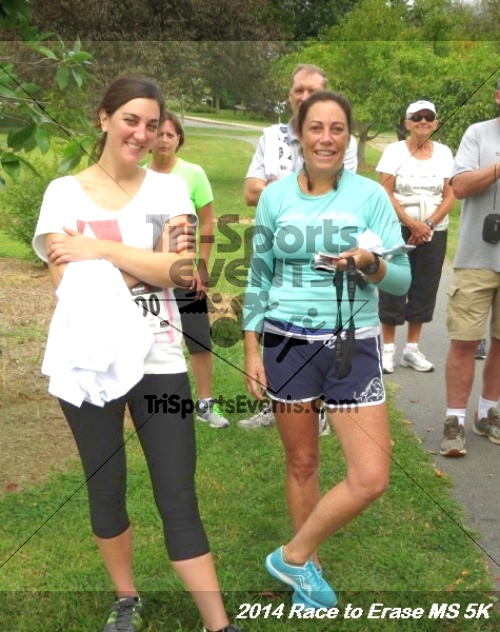 Race to Erase MS 5K Run/Walk<br><br><br><br><a href='http://www.trisportsevents.com/pics/14_Race_to_Erase_MS_5K_146.JPG' download='14_Race_to_Erase_MS_5K_146.JPG'>Click here to download.</a><Br><a href='http://www.facebook.com/sharer.php?u=http:%2F%2Fwww.trisportsevents.com%2Fpics%2F14_Race_to_Erase_MS_5K_146.JPG&t=Race to Erase MS 5K Run/Walk' target='_blank'><img src='images/fb_share.png' width='100'></a>