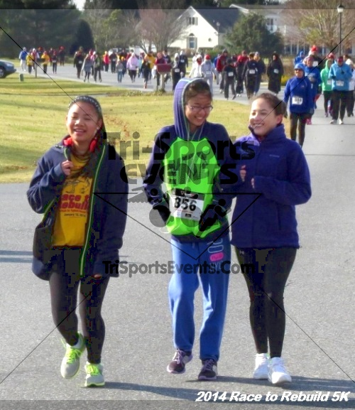 Race to Rebuild 5K Run/Walk<br><br><br><br><a href='http://www.trisportsevents.com/pics/14_Race_to_Rebuild_5K_191.JPG' download='14_Race_to_Rebuild_5K_191.JPG'>Click here to download.</a><Br><a href='http://www.facebook.com/sharer.php?u=http:%2F%2Fwww.trisportsevents.com%2Fpics%2F14_Race_to_Rebuild_5K_191.JPG&t=Race to Rebuild 5K Run/Walk' target='_blank'><img src='images/fb_share.png' width='100'></a>