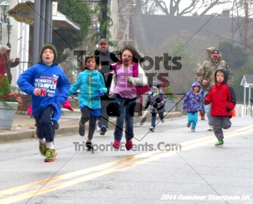 Rock Hall Reindeer Stampede 5K Run/Walk<br><br><br><br><a href='https://www.trisportsevents.com/pics/14_Reindeer_Stampede_5K_001.JPG' download='14_Reindeer_Stampede_5K_001.JPG'>Click here to download.</a><Br><a href='http://www.facebook.com/sharer.php?u=http:%2F%2Fwww.trisportsevents.com%2Fpics%2F14_Reindeer_Stampede_5K_001.JPG&t=Rock Hall Reindeer Stampede 5K Run/Walk' target='_blank'><img src='images/fb_share.png' width='100'></a>