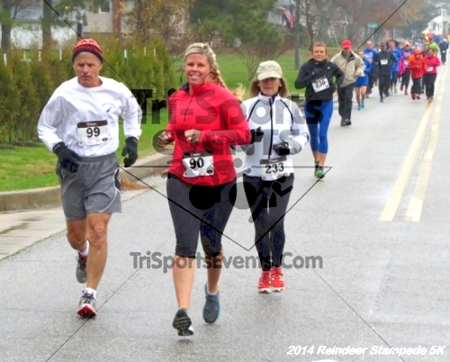 Rock Hall Reindeer Stampede 5K Run/Walk<br><br><br><br><a href='https://www.trisportsevents.com/pics/14_Reindeer_Stampede_5K_018.JPG' download='14_Reindeer_Stampede_5K_018.JPG'>Click here to download.</a><Br><a href='http://www.facebook.com/sharer.php?u=http:%2F%2Fwww.trisportsevents.com%2Fpics%2F14_Reindeer_Stampede_5K_018.JPG&t=Rock Hall Reindeer Stampede 5K Run/Walk' target='_blank'><img src='images/fb_share.png' width='100'></a>