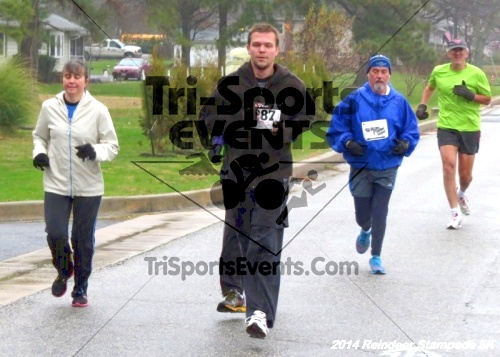 Rock Hall Reindeer Stampede 5K Run/Walk<br><br><br><br><a href='https://www.trisportsevents.com/pics/14_Reindeer_Stampede_5K_025.JPG' download='14_Reindeer_Stampede_5K_025.JPG'>Click here to download.</a><Br><a href='http://www.facebook.com/sharer.php?u=http:%2F%2Fwww.trisportsevents.com%2Fpics%2F14_Reindeer_Stampede_5K_025.JPG&t=Rock Hall Reindeer Stampede 5K Run/Walk' target='_blank'><img src='images/fb_share.png' width='100'></a>