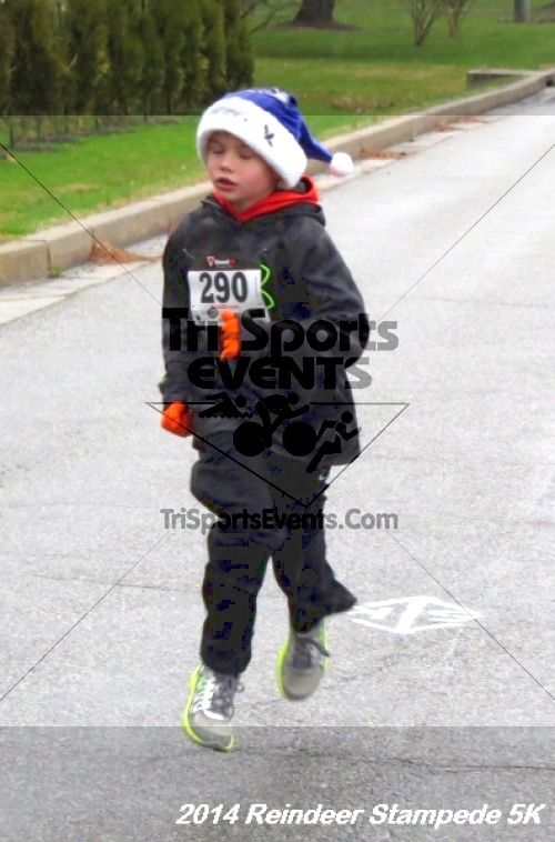 Rock Hall Reindeer Stampede 5K Run/Walk<br><br><br><br><a href='https://www.trisportsevents.com/pics/14_Reindeer_Stampede_5K_027.JPG' download='14_Reindeer_Stampede_5K_027.JPG'>Click here to download.</a><Br><a href='http://www.facebook.com/sharer.php?u=http:%2F%2Fwww.trisportsevents.com%2Fpics%2F14_Reindeer_Stampede_5K_027.JPG&t=Rock Hall Reindeer Stampede 5K Run/Walk' target='_blank'><img src='images/fb_share.png' width='100'></a>