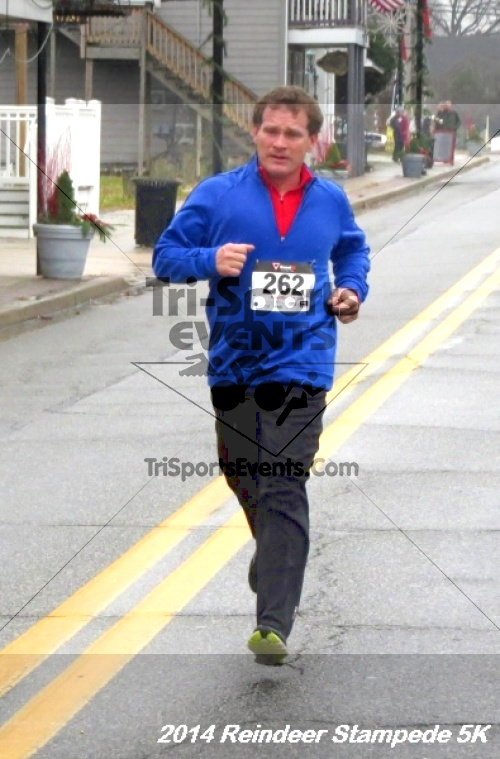 Rock Hall Reindeer Stampede 5K Run/Walk<br><br><br><br><a href='http://www.trisportsevents.com/pics/14_Reindeer_Stampede_5K_062.JPG' download='14_Reindeer_Stampede_5K_062.JPG'>Click here to download.</a><Br><a href='http://www.facebook.com/sharer.php?u=http:%2F%2Fwww.trisportsevents.com%2Fpics%2F14_Reindeer_Stampede_5K_062.JPG&t=Rock Hall Reindeer Stampede 5K Run/Walk' target='_blank'><img src='images/fb_share.png' width='100'></a>
