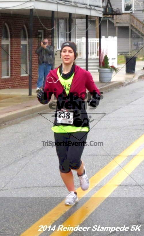 Rock Hall Reindeer Stampede 5K Run/Walk<br><br><br><br><a href='https://www.trisportsevents.com/pics/14_Reindeer_Stampede_5K_063.JPG' download='14_Reindeer_Stampede_5K_063.JPG'>Click here to download.</a><Br><a href='http://www.facebook.com/sharer.php?u=http:%2F%2Fwww.trisportsevents.com%2Fpics%2F14_Reindeer_Stampede_5K_063.JPG&t=Rock Hall Reindeer Stampede 5K Run/Walk' target='_blank'><img src='images/fb_share.png' width='100'></a>
